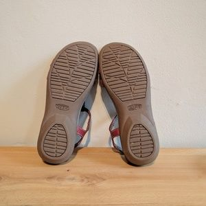 f6e1ef64ca0c Keen Shoes - Keen Rose City T-strap leather comfort sandal